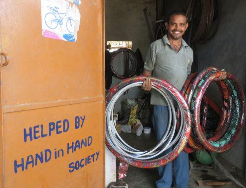 Unterstützung beim Aufbau der Fahrradwerkstatt